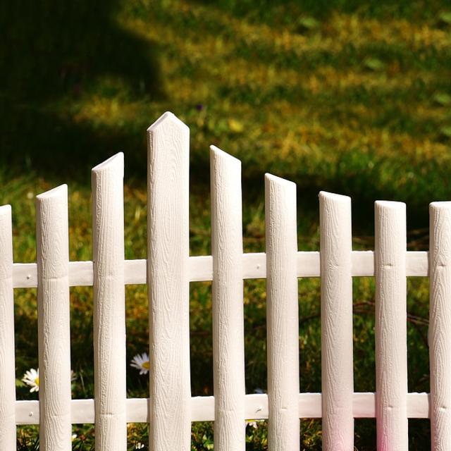 Clôture jardin à acheter? Trouvez les clôtures en ligne