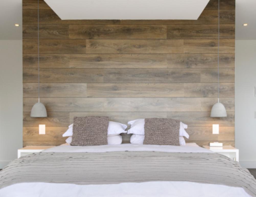laminaat op de muur slaapkamer