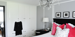 Slaapkamer met ingebouwde kast