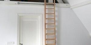 Zolder trap / ladder