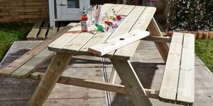 Une glacière pour votre table de pique-nique