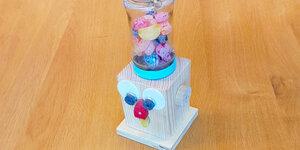 Fabriquez votre propre distributeur de bonbons