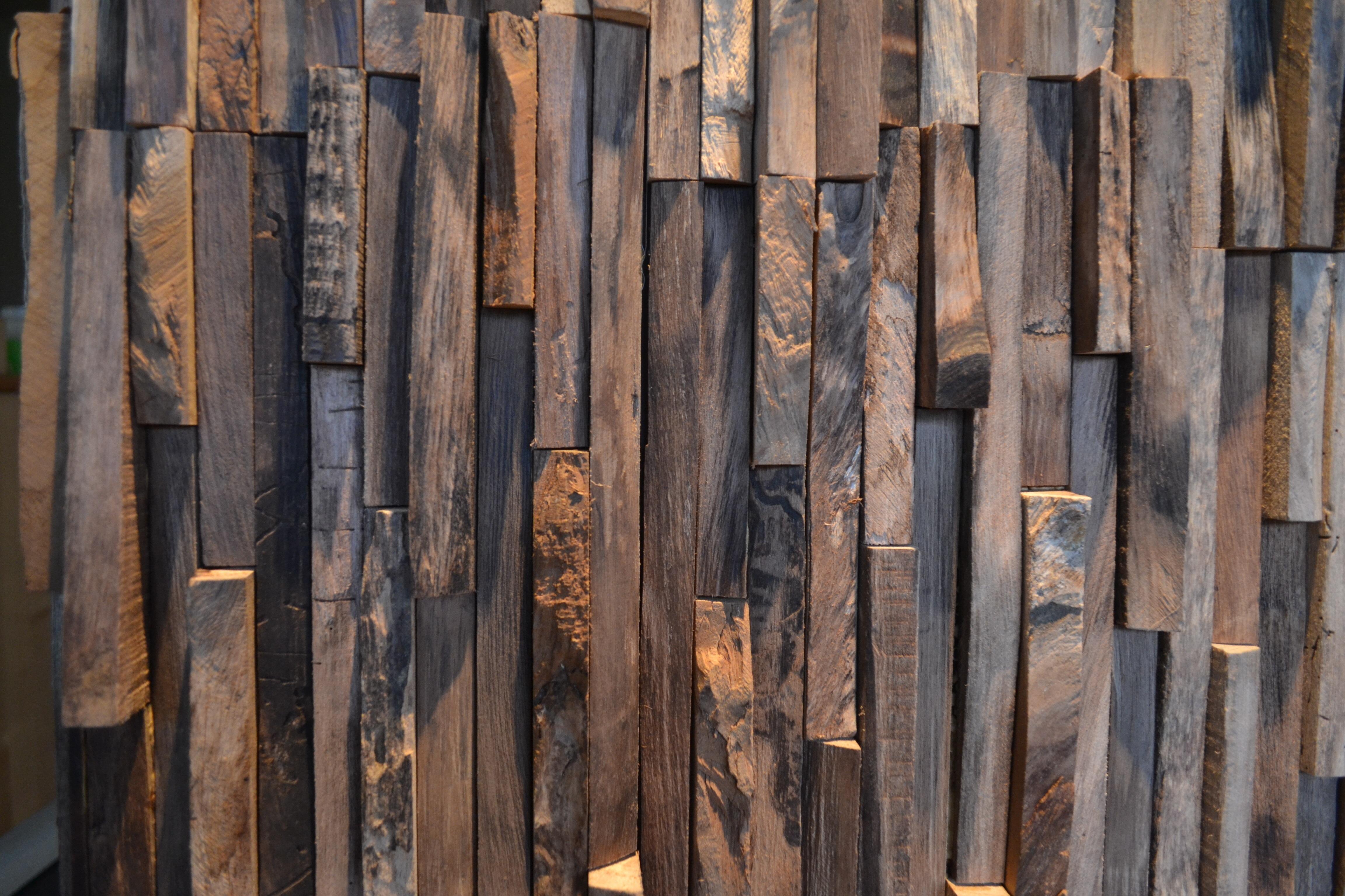 Wandpanelen Badkamer Brico : Muur bekleden met decoratieve strips brico voor de makers