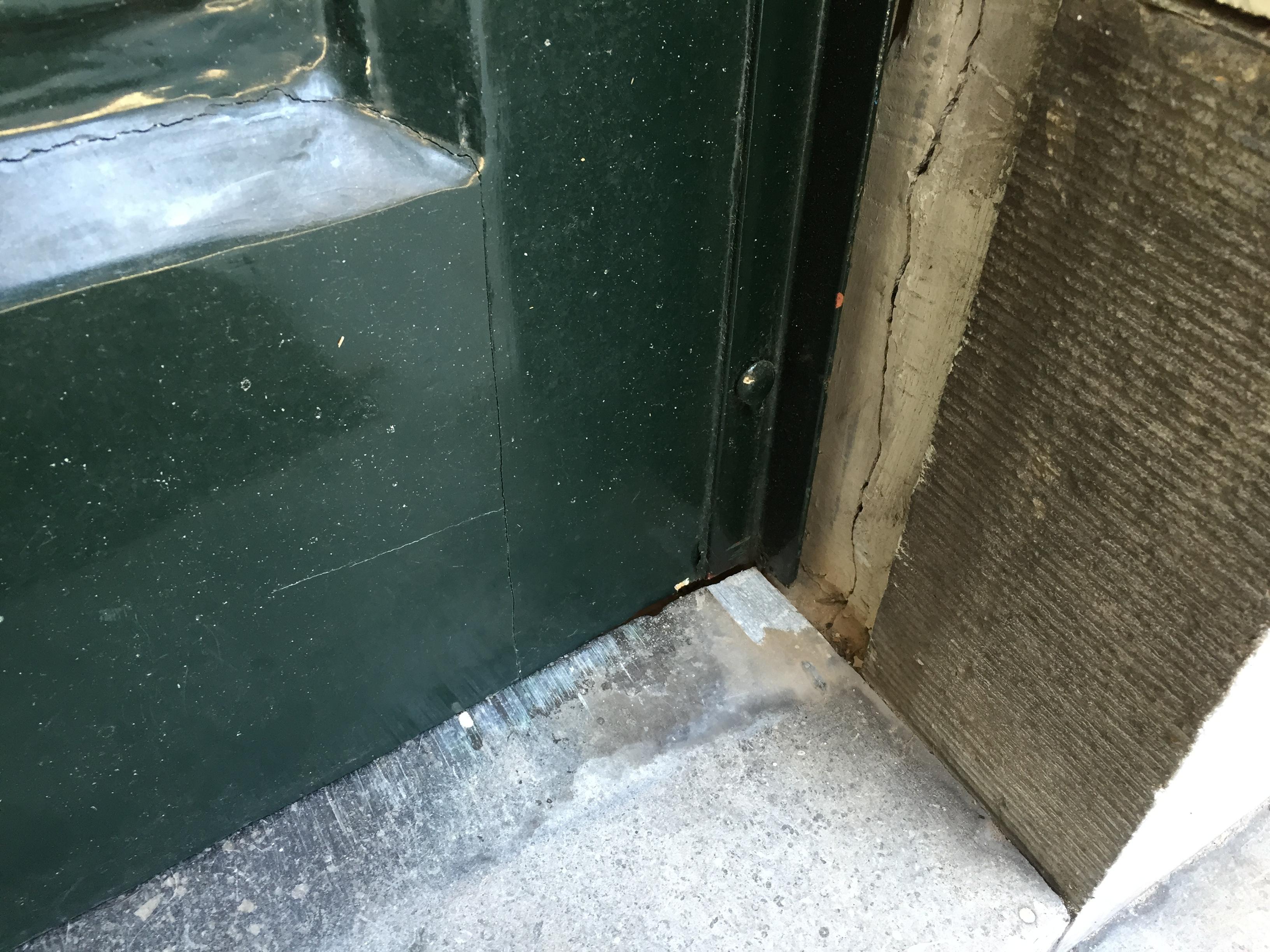 Porte d entr e qui coince pour les makers - Porte d entree qui ferme mal ...